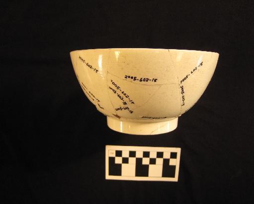 Plain creamware bowl